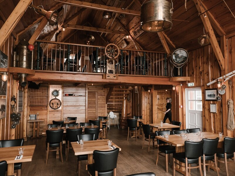 a guide to the 8 best coffee shops in montana