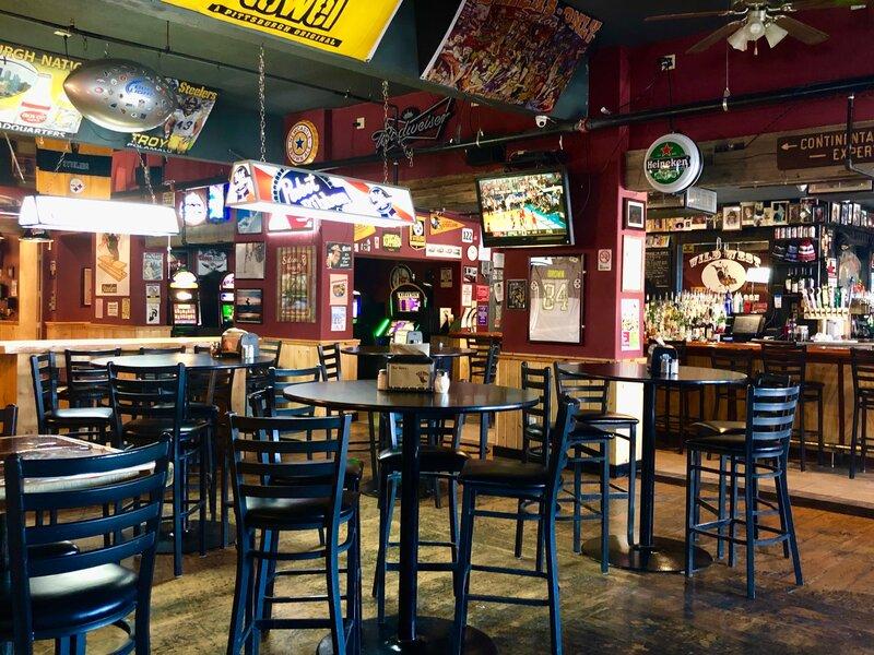 wild west pizzeria & saloon